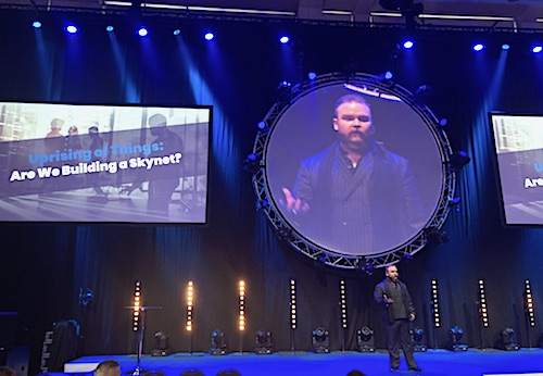 Matti Suominen speaking at Nordic IoT week 2018